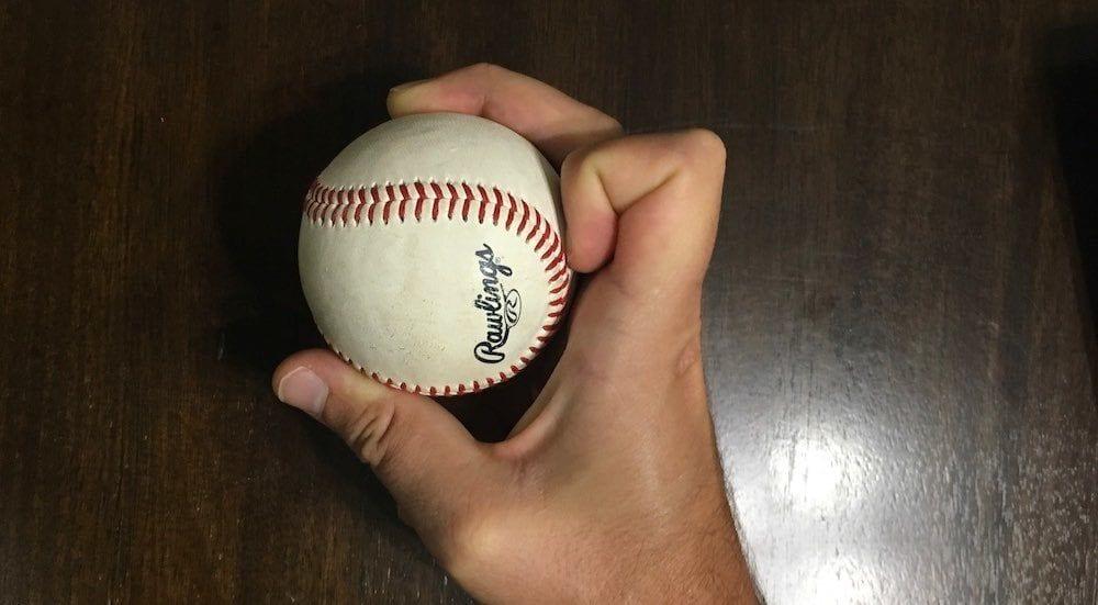 knuckle curve baseball grip 1